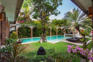 seminyak bali, private villas